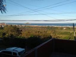 Casa com vista para o mar, ótima localização, próxima ao centro da cidade, em Imbituba/SC