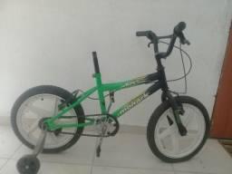 Quero vende essa bicicleta liga 993582200 ivone vendo de 60$