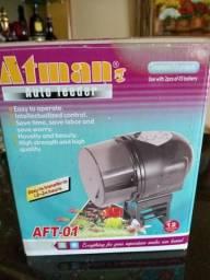Alimentador automático de aquário