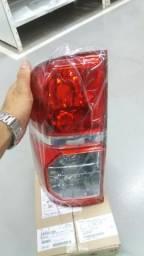 Lanterna traseira hilux 2012