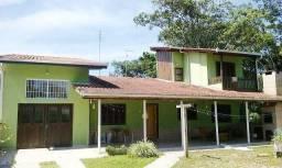 Casa em Itapoá com 3 quartos