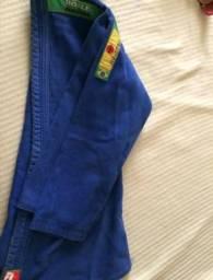 Kimono azul jiu-jítsu