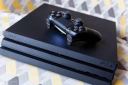 PS4 PRO 1TB C/1 Controle e 1 jogo midia fisica