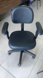 Cadeira secretária nova