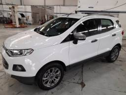 Ecosport Freestyle 1.6 Flex - Manual - Branca - 2014
