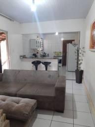 Casa 2Quartos suíte com Barracão Setor Urias Magalhães