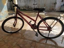 Bicicleta nova. Pouco tempo de uso