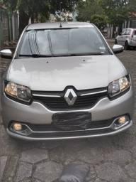 Renault Logan Dynamique 1.6 2015 completo
