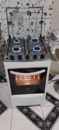 Excelente fogão Eletrolux top automático bem conservado