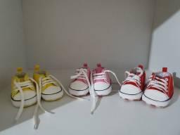 3 tênis de bebê