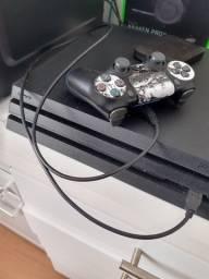 PS4 Pro com SSD instalado