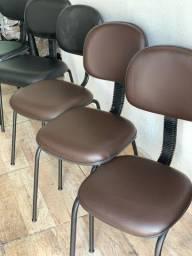 Cadeiras 90,00 cada