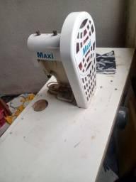 Máquina de pregar botão automática