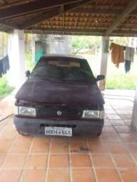 Vendo carro Fiat Uno. Com ar-condicionado pra Desmonte .