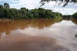 Título do anúncio: Terreno de 4.200 m² às margens do Rio das Velhas em Curvelo