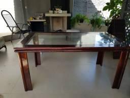 Mesa em Mogno com vidro