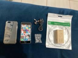 iPhone 6S com acessórios novos