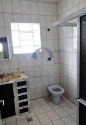 Casa à venda com 3 dormitórios cod:VCA030605
