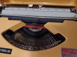 Máquina de escrever portátil