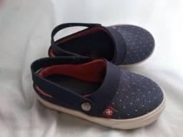Sapato tamanho 23