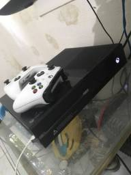 Xbox one 2 controle + conta com mais de 200 jogos digitais