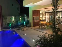Casa Triplex 4 suítes Piscina Privativa em Lauro de Freitas R$ 1.100.000,00