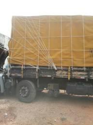 Vendo lona para caminhão 12×8 ótima conservação,uma tela,8 cantoneira de ferro