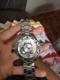 Relógio invicta apenas 30 reais não foi usado