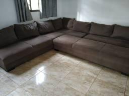 vende-se sofá de canto  com três módulos com 3X3X0,88  e um puff gigante de 220X0,68