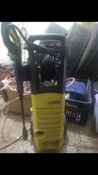 Lavadora de alta pressão Karcher...