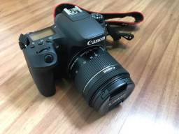Câmera Canon 77D