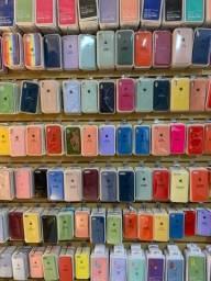 Capinhas de iPhones queima de estoque