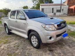 Hilux 2.5 4x4 manual diesel