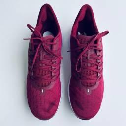 Tênis Nike Vomero 14