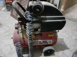 Compressor de ar semi-novo
