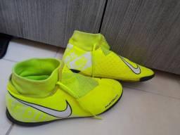 Vendo chuteira Nike Phantom vision