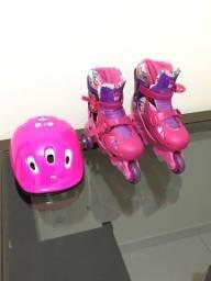 Roller da Barbie com capacete
