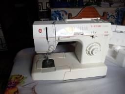 Máquina de costura faciliti nova na caixa