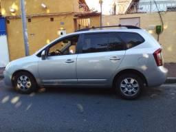Carro Kia Carens 2010 de 7 Lugares