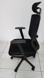 Cadeira Office Regulavel Tela com Tecido Mesh excelente estado, pouquíssimo uso