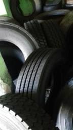 Vendo pneus 29.5 e 27.5 recapado com borracha usada