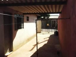 Aluga-se uma casa no Tijuca