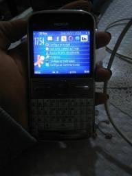 Celular Nokia E5-00 na caixa
