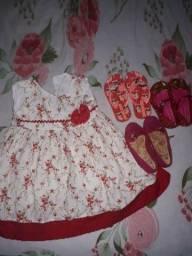Vestido e calçados
