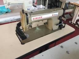 Maquina de costura reta Singer