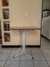 Vendo mesa com tampo de Granito