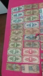 Dinheiro antigo e moedas