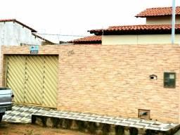 Casa em Almenara MG 2 quartos 1 vaga garagem