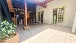 Casa com 3 dormitórios para alugar, 76 m² por R$ 1.600,00/mês - Parque Villa Flores - Suma