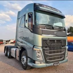 Caminhão Volvo New FH540 2015